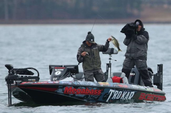 Chris Zaldain Bassmaster Elite Lake Lanier